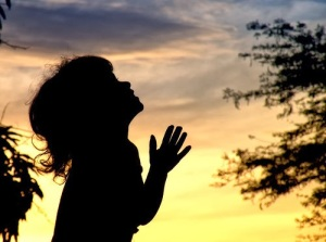 crianca-orando